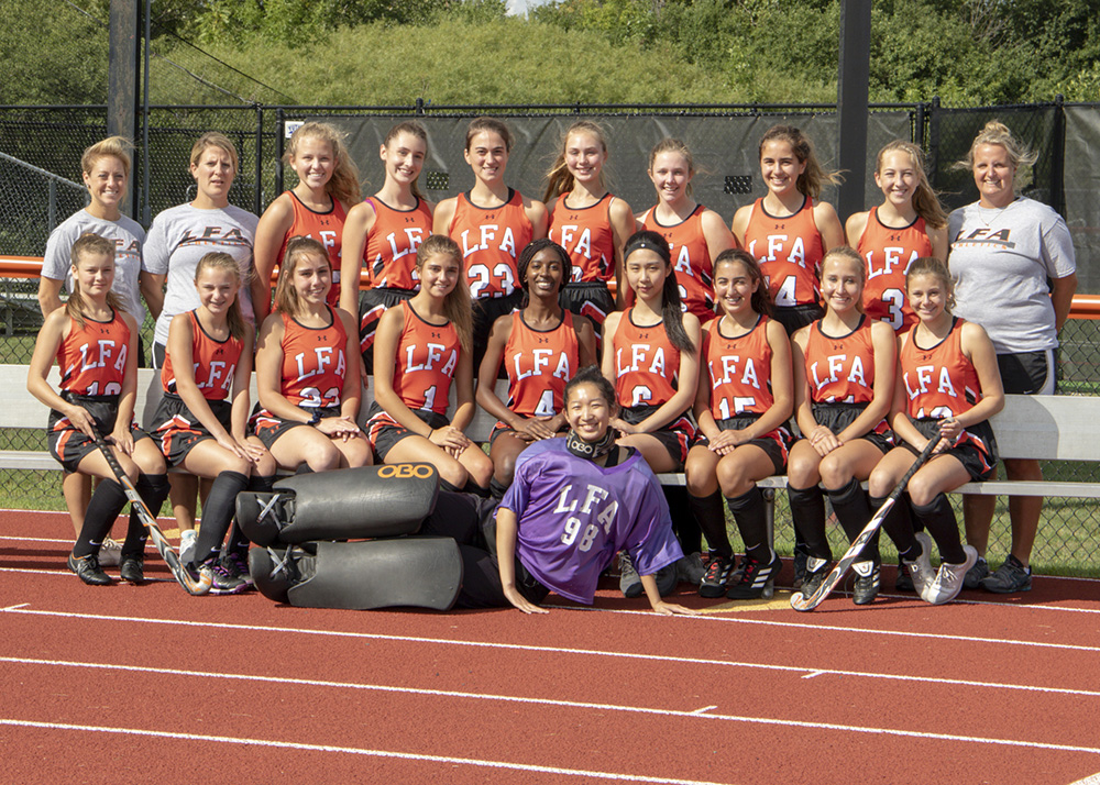varsity girls field hockey team